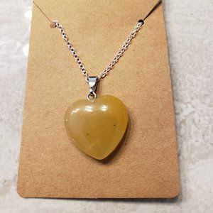 Jewelry - NEW LISTING:  Deep golden stone heart necklace